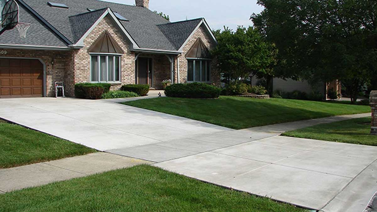 Leave Your Driveway Stain Free