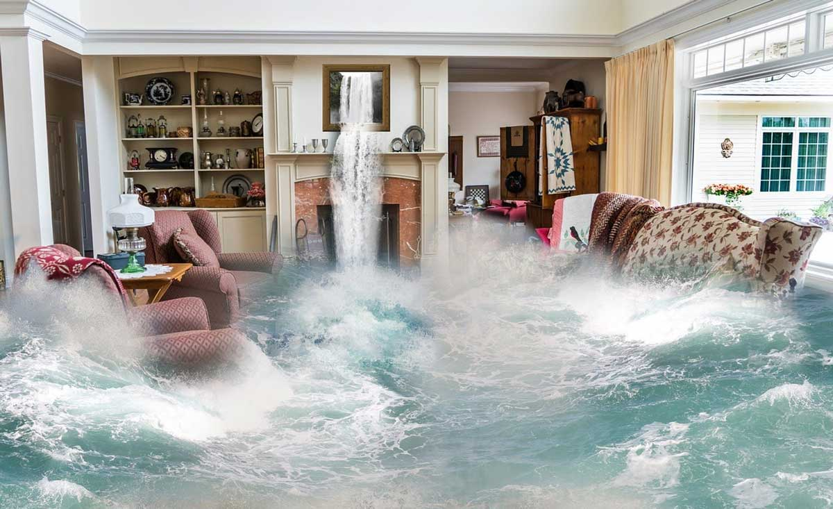 How-to-Contain-the-Potential-Long-term-Water-Damage