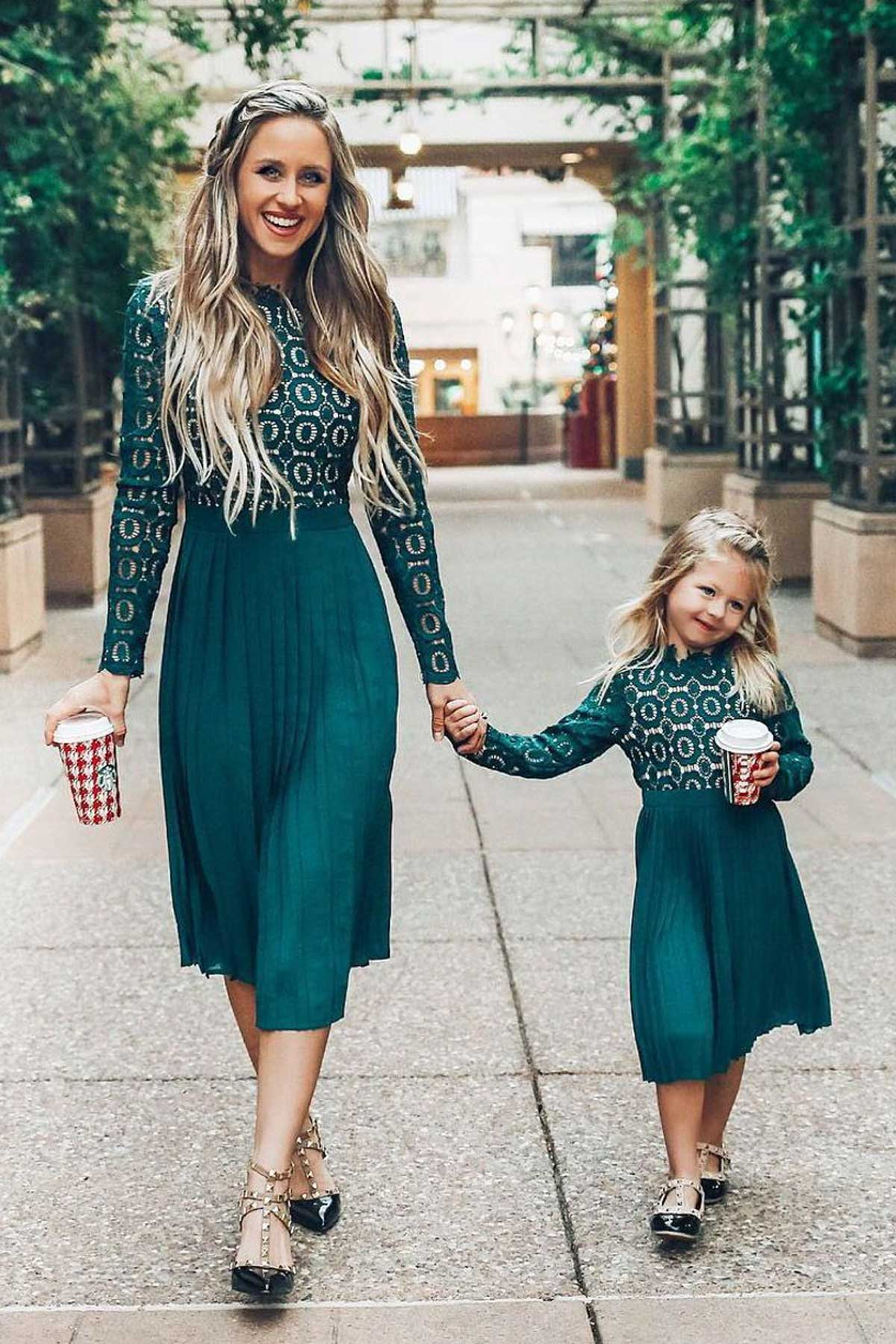 Why Mom And Baby Matching Outfits Popular
