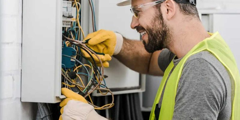 Looking-For-An-Electrician